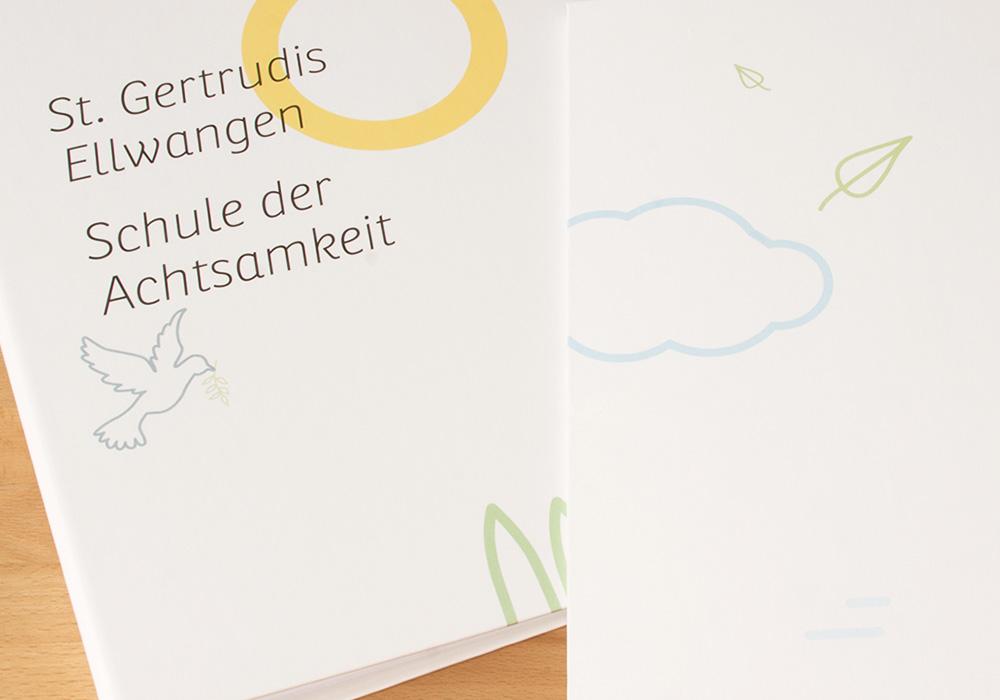 Ordner Design für die Schule St Gertrudis - panorama studio für visuelle Gestaltung